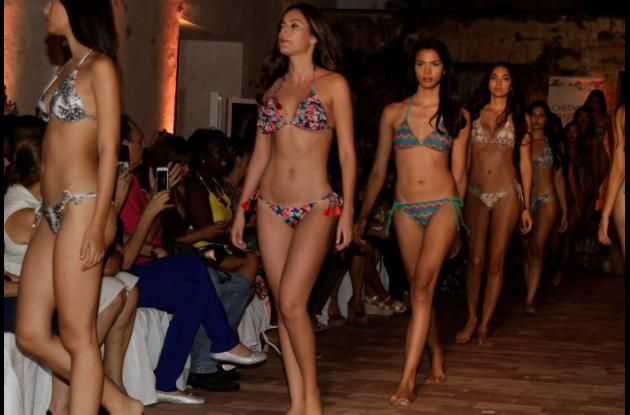 Modelos en pasarela durante la clausura del Cartagena Fashion Week.