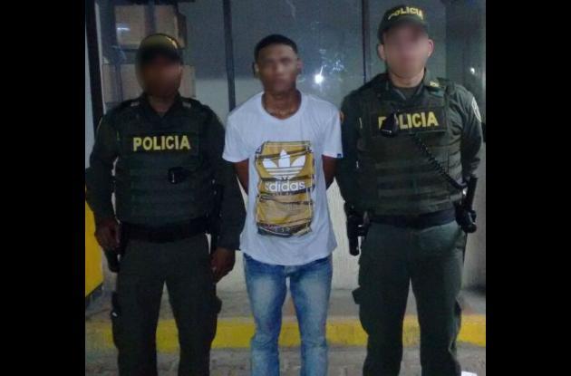 Tras ser capturado, alias 'el Caporo' fue dejado a disposición de la Fiscalía General. Presunto asesino de Luis Castro Julio.