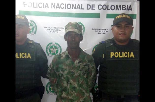 Jorge Luis Tous, capturado por portar prendas de uso privativo de las Fuerzas Militares.