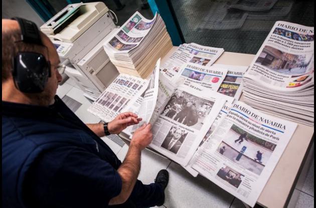 Los periódicos luchan por mantenerse en una sociedad donde la comunicación se da por diversas plataformas virtuales.