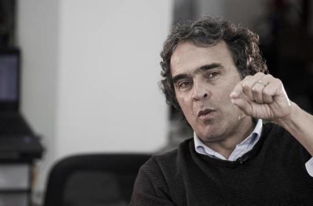 La conferencia con Sergio Farjardo será mañana sábado a la 1 de la tarde.