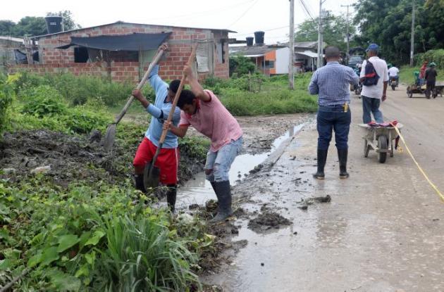 Comunidad de Ciudadela Universitaria participó en jornada de limpieza del arroyo.