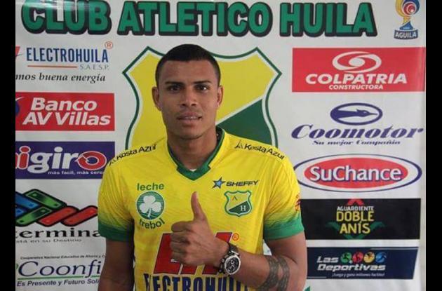 Giovanni José Ricardo García, nuevo delantero del Atlético Huila.