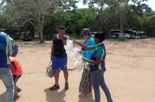 Jornada de limpieza en Playa Blanca, Barú.