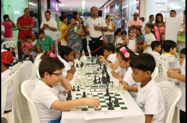 La VIII edición del torneo Rápido de Ajedrez Copa Fonducar tendrá como escenario el Complejo de Raquetas.