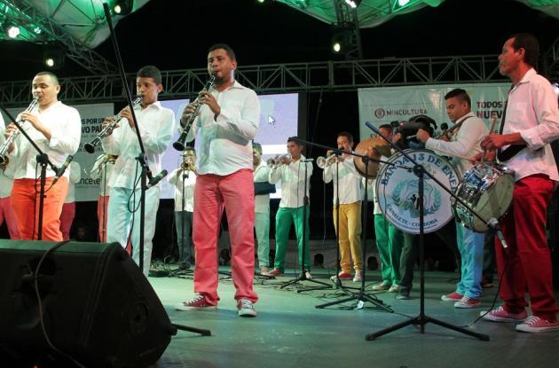 """La Banda 13 de enero de Canalete, fue premiada como """"Banda de bandas"""" en el 31 Encuentro Nacional que culminó en Sincelejo."""