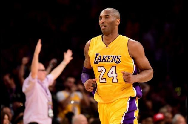 Kobe Bryant durante uno de sus partidos con los Lakers.