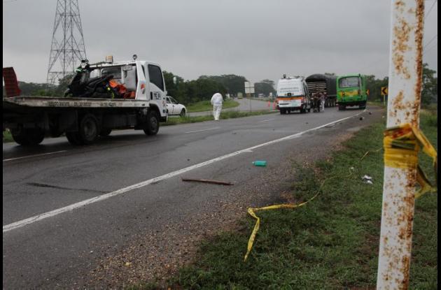 El accidente de tránsito en el que murió Humberto Altamiranda ocurrió en la vía La Cordialidad, cerca de la entrada de Santa Rosa.