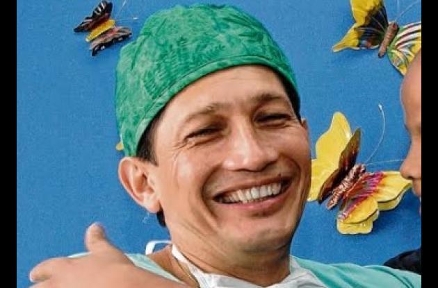 Jorge Navia Giraldo, médico que murió tras incidente en el mar, en Barú.