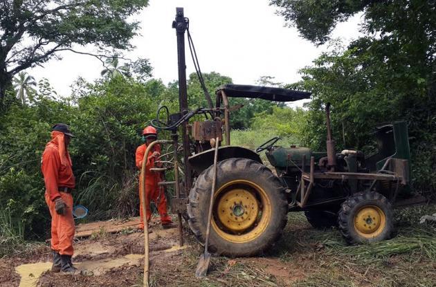 La construcción de pozos profundos es adelantada en municipios afectados por la sequía.