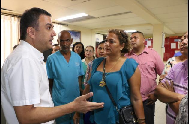 El gobernador Edwin Besaile se comprometió al saneamiento del hospital San Jerónimo.