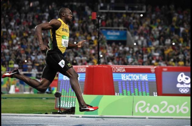 Usain Bolt durante la carrera.