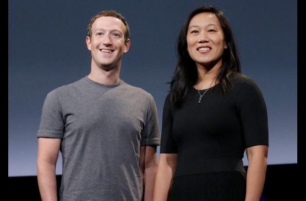 Mark Zuckerberg y su esposa, Priscilla.
