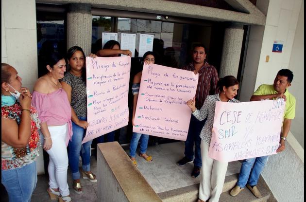 Protestas en la Oficina de Instrumentos Públicos de Sincelejo.