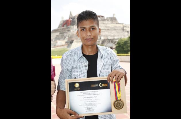 Reconocimiento por medalla Andrés Bello
