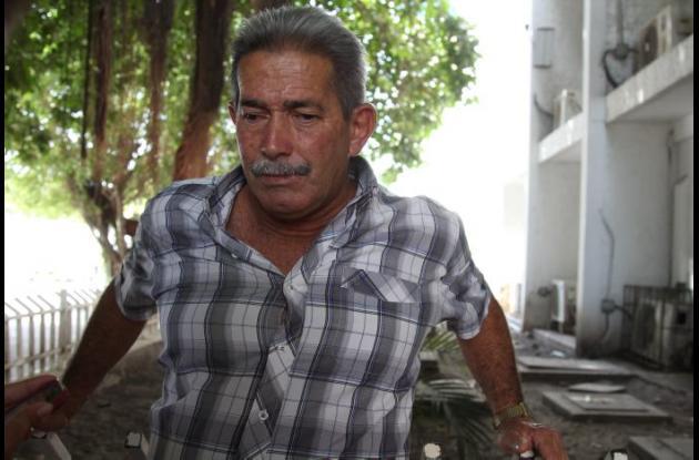 Ricardo Torres, padre de las hermanas Angie y Adriana, quienes salieron heridas en accidente en Arjona en el que murieron tres jóvenes.