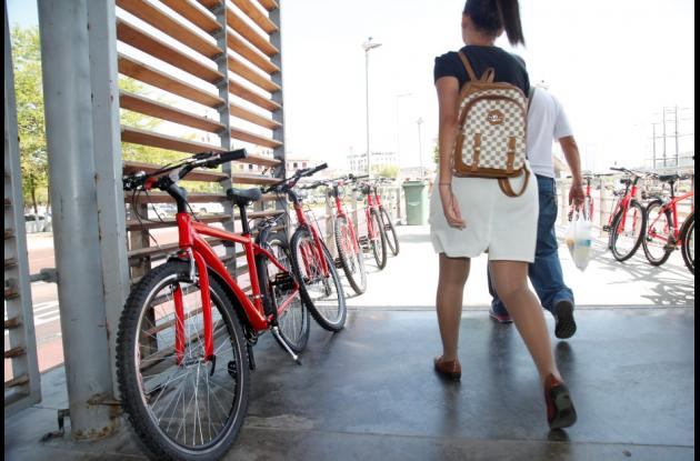 100 bicicletas estarán disponibles para que los usuarios de Transcaribe las usen en calidad de préstamo.