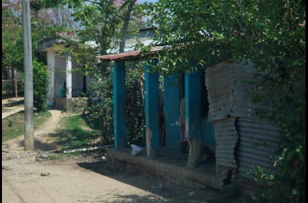 Rosa Martínez estaba en la casa de un familiar, en el barrio Cara e' perro de Arjona, cuando la impactó la bala perdida.