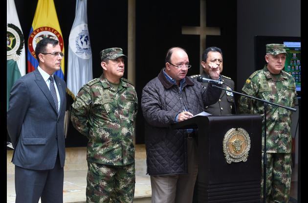 El ministro de Defensa, Luis Carlos Villegas, reportó la muerte de Efrén Vargas Gutiérrez, alias 'Culo de Toro', hermano del segundo al mando del 'Clan del Golfo' Roberto Vargas, alias 'Gavilán'.