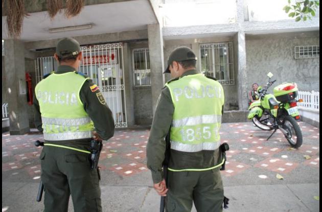 El presunto atracador delincuente está internado en la Clínica Madre Bernarda en Cartagena. Policías evitaron que lo lincharan.