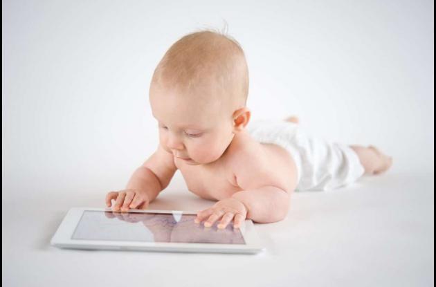 Los niños se exponen desde muy temprano a la tecnología.