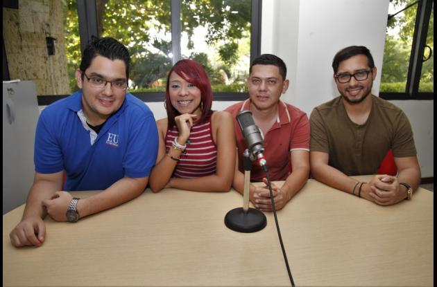 En este episodio de izquierda a derecha: Víctor Mora, Andrea Rodríguez, Gabriel García y Jairo Cardenas.