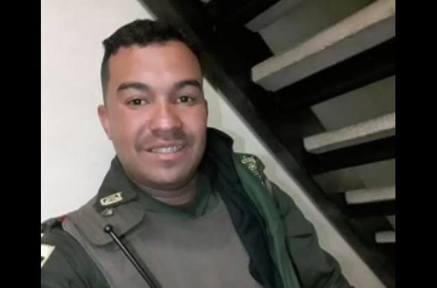 Óscar Eduardo Calderón Romero, murió tras salir herido en accidente en Santa Catalina.