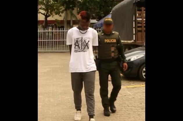 Alias 'el Lobito', capturado porque habría participado en intento de asesinato contra un expolicía en El Toril. En el hecho el expolicía abatió al presunto gatillero.