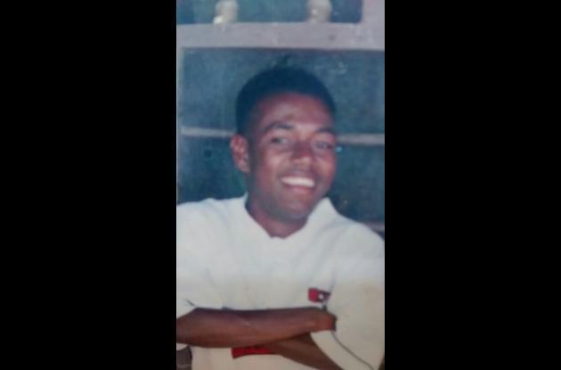 Roberto Blanco. Pescador encontrado con vida luego de desaparecer en el mar tras salir de Punta Canoa en una lancha.