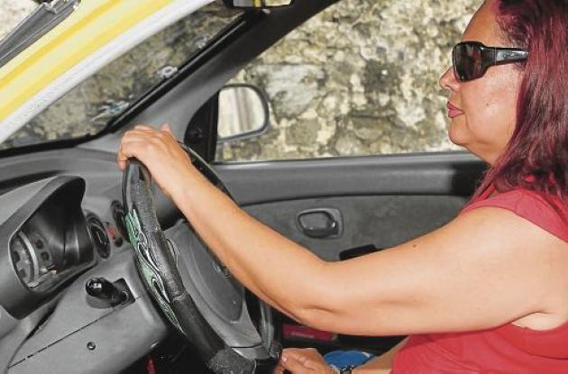 Luz Estella Nárvaez, mujer taxista