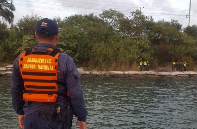 El habitante de calle se ahogó el martes en la tarde en la bahía de Manga. Su nombre sería Carlos Manuel Díaz.