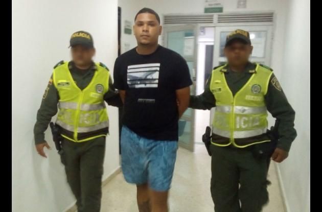 Alias Édgar, capturado en Escallón Villa. Uno de los delincuentes más reincidentes en Cartagena.