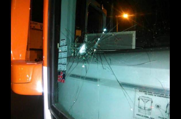 ataque contra bus de Transcaribe.