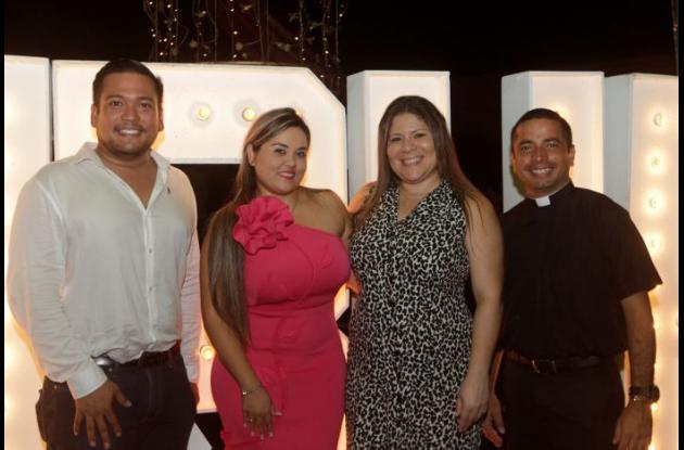 Carlos Lugo, Marcela Ramírez, Paola Vergara y Erick Domínguez.