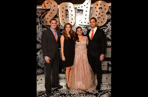 Carlos Pareja, Magdalena Lemaitre, Paloma Lemaitre Gómez y Jean Pier Lemaitre.