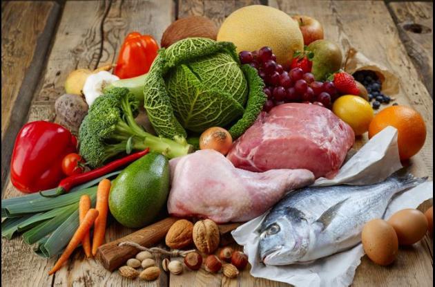 Carnes, frutas y verduras.
