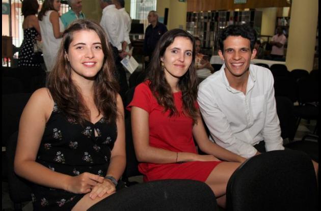 Catalina Uribe, Natalia Uribe y Sebastián Navas.