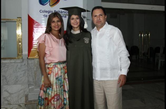 Claudia Nieto, Nathalia Figueroa y Carlos Figueroa.