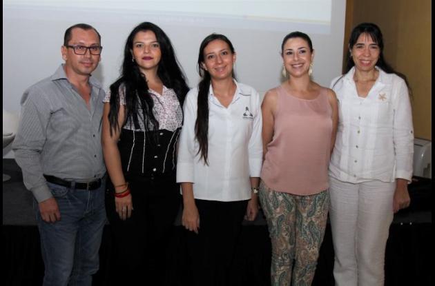 Edison Vallejo, Silvia Ortiz, Luz Marina Gaviria, María Fernanda Arango y Rocío Flórez.