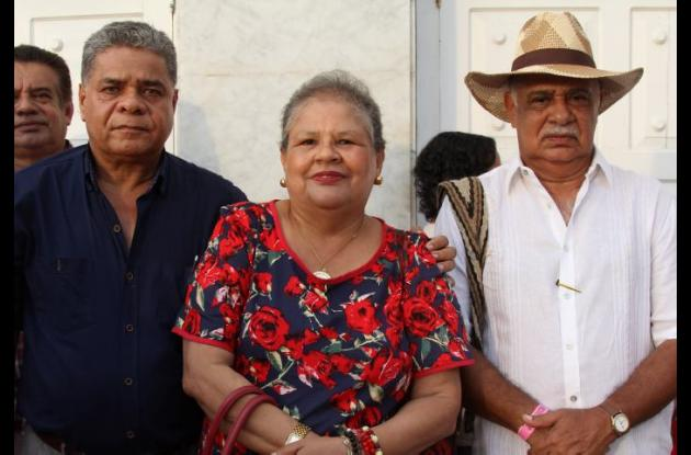 Gustavo Ospina, Rosario Guerrero y Alberto Ramírez.