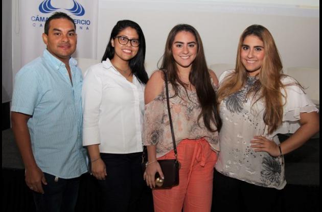 Humberto Fortich, Diana Figueroa, Antonella De Rosa y Valeria De Rosa.
