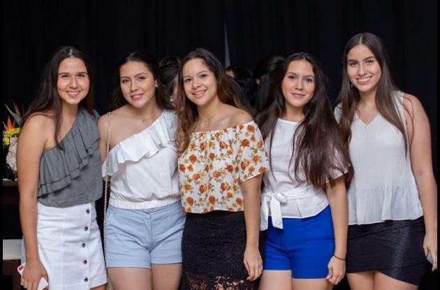Juliana Osorio, María José Carmona, María Margarita Vélez, María Paola Hernández, María Alexandra Pereira y Daniela Saavedra.