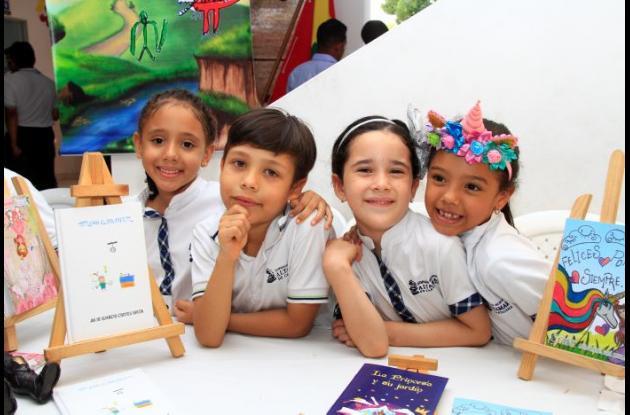 Isabella Torres, Julio Cortés, Isabella Atencia y María Fernanda Borré.
