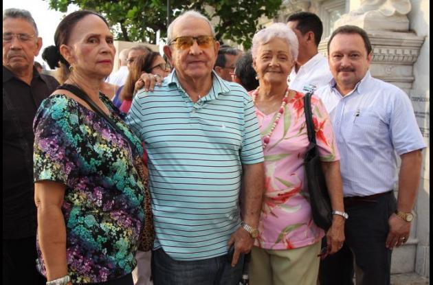 Jenny Vanegas, Antonio Ávila, Netty de Tinoco y Óscar Merlano.