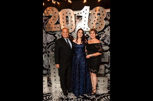 Jorge Aníbal Granados, Mariana Granados y María Bernarda De Lavalle.