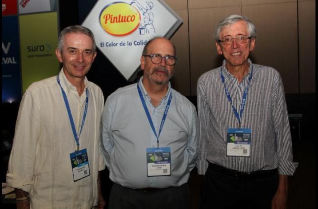 Juan Eduardo Jaramillo, Carlos Andrés Uribe y Carlos Arango.