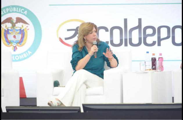 Clara Luz Roldán,directora de Coldeportes.