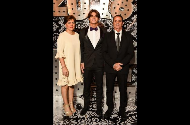 Lorena Calvo, Carlos Campuzano Calvo y Carlos Campuzano.