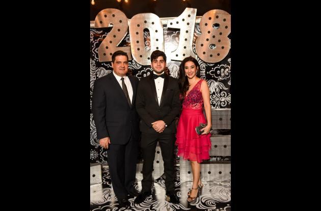 Mauricio Torrijos, Mauricio Torrijos Curi y Ruth Curi.