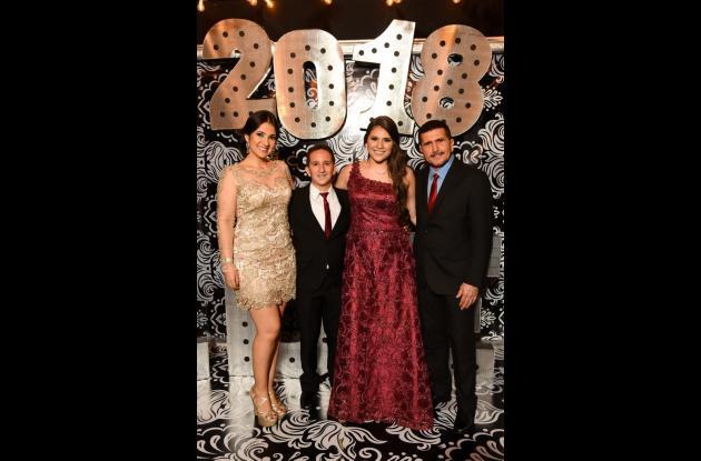 Mayerling Quintero, Juan Manuel Mendoza, Valentina Mendoza y Juan Mendoza.